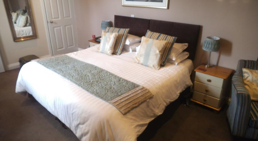 brierley-guesthouse-weymouth-1