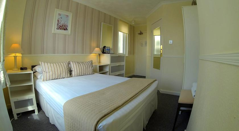 st-johns-guest-house-weymouth-1